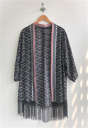 Kimono Flecos Negro